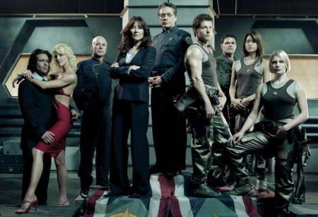 Is there anyone in this cast who ISN'T a Cylon?